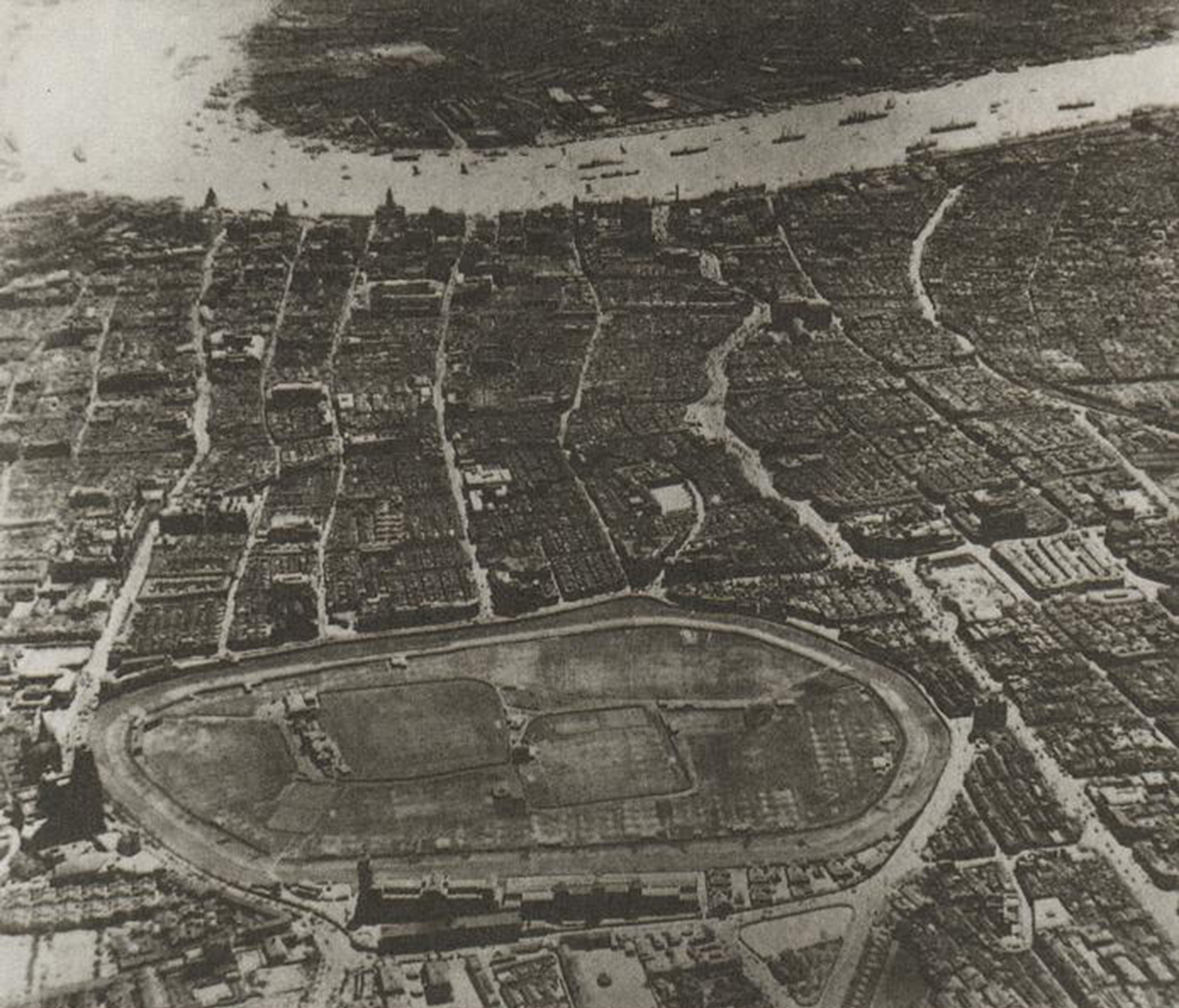 people's square aerial view 1937